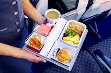 Храна по време на полет